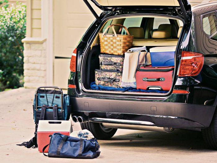 Sfaturi despre pregătirea bagajului pentru vacanțele cu mașina